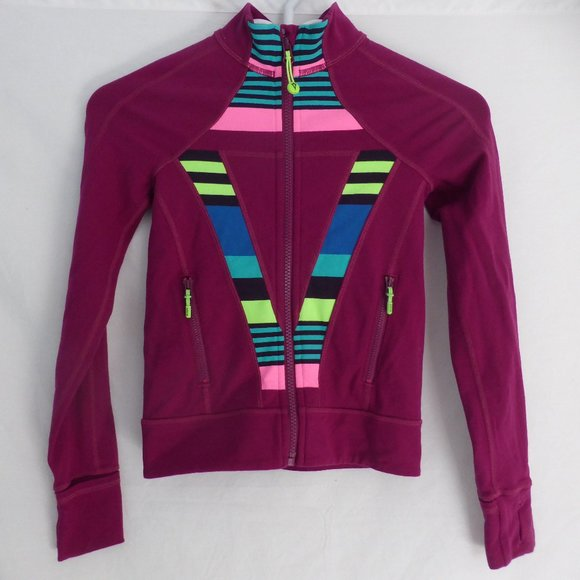 IVIVVA, 6, zip up front jacket with thumbholes GUC